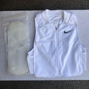 Nike Running Cooling Vest Men's Medium NWOT